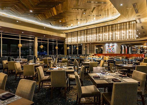 Del Frisco's Double Eagle Steakhouse Dinning Floor and Bar