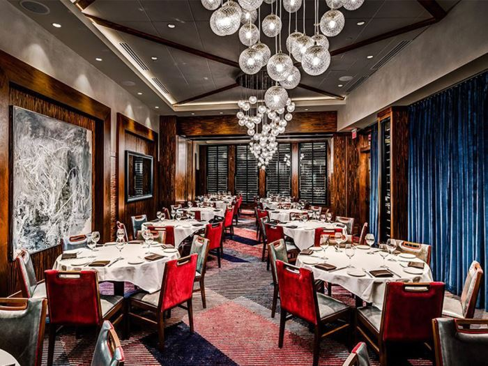 A fine dinning room of the Del Frisco's Double Eagle Steakhouse